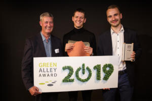 Gelatex wins Green Alley Award 2019, Gelatex team members Robert Männa and Märt-Erik Martens on right (Photo credit Landbell Group)